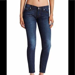 Hudson Jeans Krista Raw Hem Super Skinny size 30